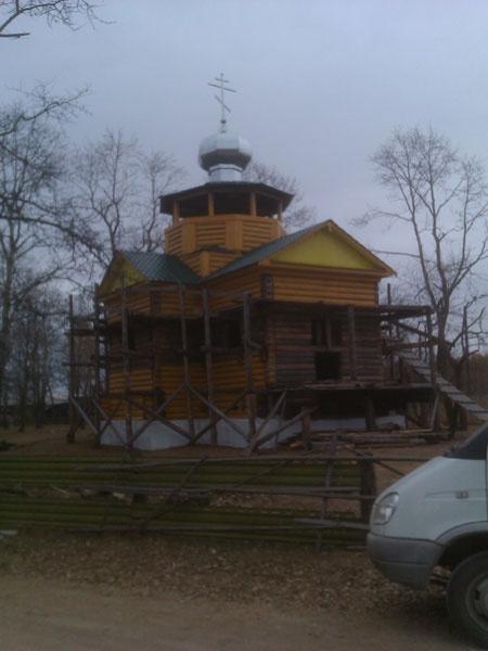 Тунгокочен, Крестовоздвиженский храм